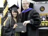 Nữ sinh gốc Việt 17 tuổi được Harvard trao học bổng tiến sỹ