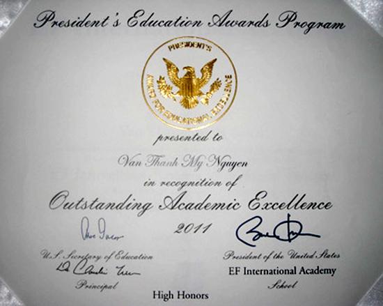 Teen Việt được Tổng thống Mỹ tặng bằng khen