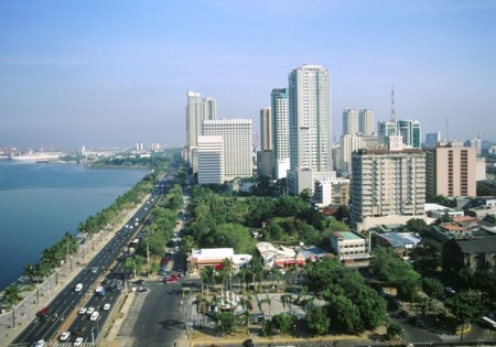 Theo nghiêu cứu, 42% người ngoại quốc khi tới Philippines cảm nhận thật nhanh chóng để gia nhập môi trường tại quốc gia này và việc sử dụng những dịch vụ công cộng, cao cấp cũng rất tiện lợi. Thậm chí kiếm tiền hay sở hữu tài sản tại Philippines cũng là điều dễ dàng thực hiện.