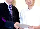 Bí quyết đạt điểm xuất sắc của học sinh Việt tại Anh