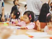 Cho con đi du học khi còn quá nhỏ – Nên hay không nên ?