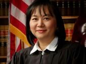 Jacqueline Nguyễn – Nữ thẩm phán người Việt tại Mỹ