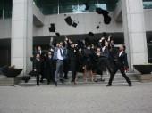 Ngày tốt nghiệp của du học sinh