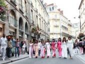 Nữ sinh Việt xinh tươi tại Rennes, Pháp