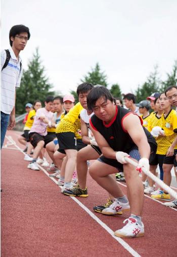 Kéo co luôn là môn thi đấu mang tới nhiều tiếng hò reo, cổ vũ náo động nhất