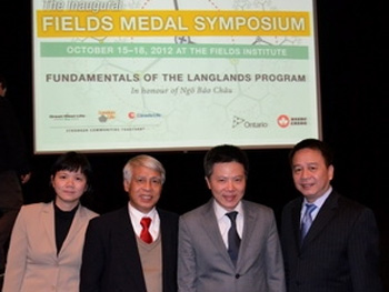 Giáo sư Ngô Bảo Châu tại hội nghị.