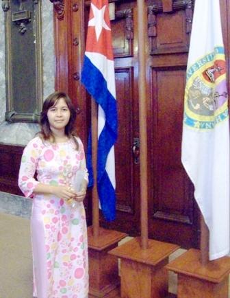 Nữ sinh người dân tộc Ê đê H'Linh H'Mok, niềm tự hào của buôn làng