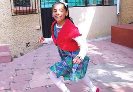 Cô bé có tên gọi Dafne Almazán Anaya vừa nhập học Viện Công nghệ