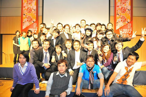 http://www.thanhnien.com.vn/Pictures20123/triquang/thang3/11-3.jpg;pv4ff2f03fcf2f058f