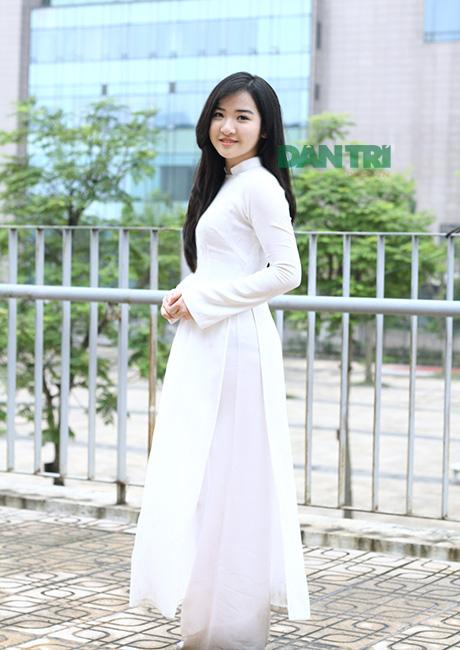 Nữ sinh chuyên Ams xinh đẹp, học giỏi, được tuyển vào ĐH top 50 thế giới