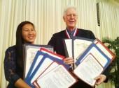 Thiếu nữ gốc Việt nhận giải người trẻ của năm