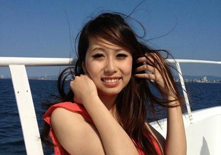 Phương Anh luôn năng động với vẻ ngoài tràn trề tự tin và xinh đẹp
