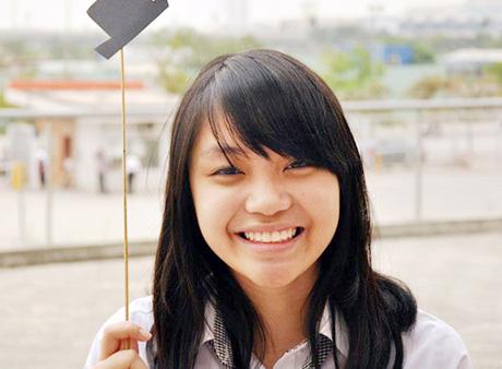 Kim Anh - nữ sinh chuyên Ams xinh xắn học cực đỉnh.