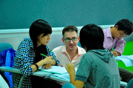 Khóa học tiếng Anh học thuật tại Language Link sẽ giúp bạn rèn luyện kỹ năng ghi chép