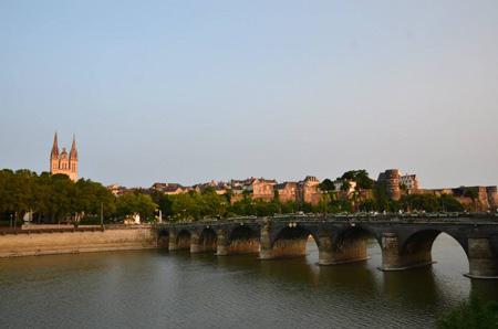 Thành lập Hội Sinh viên Việt Nam tại thành phố Angers