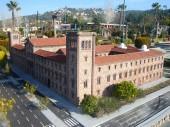 Trường đại học tổng hợp Barcelona