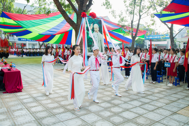 Khai giảng - THCS Sài Đồng